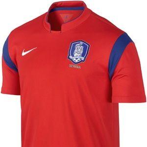 NWT NIKE Korea FC Jersey